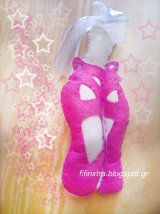 Ballarines Pointes Handmade Felt Toy From fifirixtra