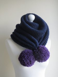 https://www.etsy.com/listing/263377478/navy-blue-merino-scarf-navy-blue-chunky?ref=teams_post
