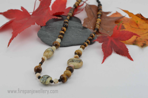 Brown tones necklace